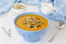 Pumpkin Soup With Pumpkin Oil And Seeds Royalty Free Stock Images