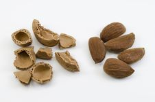 Free Almond Nuts Stock Photo - 27092830