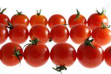 Free Three Row Of Wet Cherry Tomato Royalty Free Stock Image - 2718496