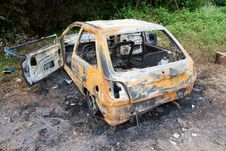 Free Burnt Out Car Royalty Free Stock Photos - 2719318