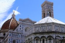 Free Cathedral Of Santa Maria Del Fiore Stock Images - 27103434