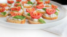 Free Italian Bruschetta With Cherry Tomato,basil And Ch Royalty Free Stock Images - 27107889