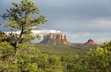 Free Sedona Landscape Royalty Free Stock Photo - 27114135