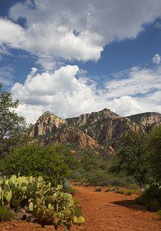 Free Sedona Landscape Stock Image - 27114171
