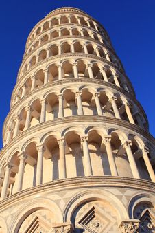 Free Pisa Tower Closeup Royalty Free Stock Photo - 27117065