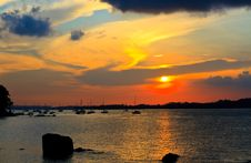 Free Glorious Sunset Royalty Free Stock Photography - 27118917