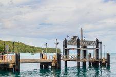 Free Ton Sai Bay Sea Port At Phi Phi Island, Krabi Stock Images - 27122794