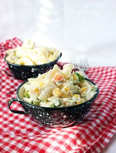 Free Penne Salad Royalty Free Stock Photos - 27123798