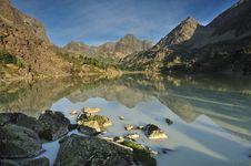 Free Landscape Mountain Lake Stock Images - 27124024