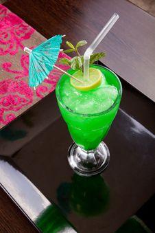 Free Green Drink With Umbrella Stock Photos - 27132353