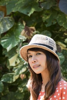 Free Portrait Of Asian Young Woman In Garden Royalty Free Stock Photos - 27138798