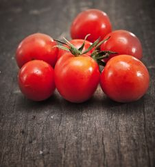 Free Fresh Cherry Tomatoes Royalty Free Stock Photo - 27140205