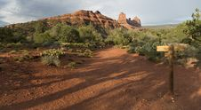 Free Hiking Trail Sedona Stock Photography - 27155182