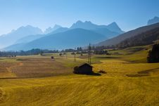 Free The View Of Dolomiti Mountain Royalty Free Stock Photo - 27161475