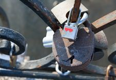 Free Love Padlocks Stock Images - 27161904