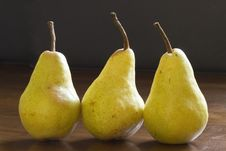 Free Close Up Of Natural Looking Pears Royalty Free Stock Photography - 27191347