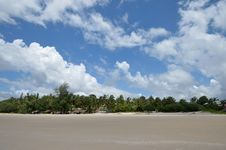 Free Beach Royalty Free Stock Photography - 27203757