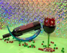 Red Wine In A Holiday Wine Glass Royalty Free Stock Images