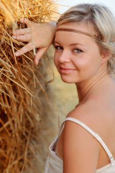 Free Woman In The Hay Royalty Free Stock Photography - 27212957