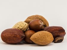 Free Assorted Nuts Stock Photography - 27228972