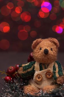 Free Christmas Arrangement With A Teddy Bear Royalty Free Stock Photo - 27233265