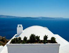 Free White Roof Stock Photo - 27235990
