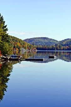 Free Fall Mountain Colours Reflected In Lake Stock Photos - 27240013
