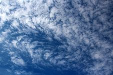 Free Cirrostratus Clouds Mackerel Sky Royalty Free Stock Image - 27257836