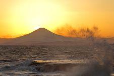 Free Mountain Fuji Royalty Free Stock Photos - 27280218