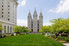 Free Salt Lake Temple Royalty Free Stock Image - 27296116
