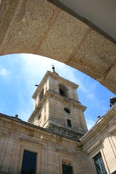 Free Tower In Monastery Of Escorial Royalty Free Stock Photo - 2733545