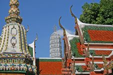 Free Wat Pho, Bangkok Royalty Free Stock Photo - 2734395