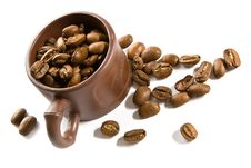 Free Coffee Grains In Brown Cup Royalty Free Stock Photography - 2735407