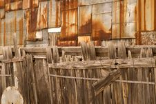 Free Old Wooden Fence Background Royalty Free Stock Image - 2737376