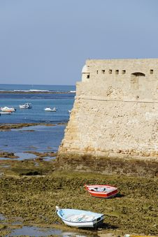 Free Low Tide In The Bay Of Cadiz Stock Photos - 27304363