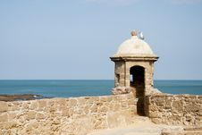 Free Castle Of St Catalina And Bay Of Cadiz, Spain Stock Photography - 27304622