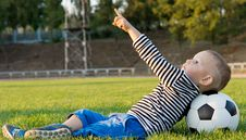 Free Small Boy Pointing At The Sky Royalty Free Stock Photography - 27305157