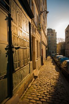 Free Streets Of Paris Stock Image - 27306081