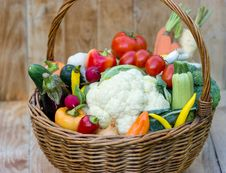Free Organic Vegetables Stock Images - 27307804