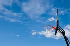 Free Basketball Hoop Backboard Royalty Free Stock Photography - 27311537