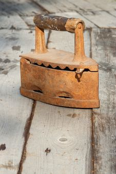Free Charcoal Iron In Exterior Royalty Free Stock Image - 27311896