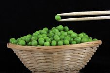 Free Fresh Green Peas Royalty Free Stock Photography - 27320387