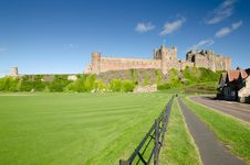 Free Bamburgh Castle And Fence Stock Photos - 27320483