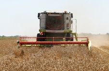 Free Combine Harvester Stock Images - 27320794