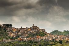 Free Old Village In Sicily Royalty Free Stock Photo - 27321875
