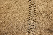 Free Tire Tracks In Sand Royalty Free Stock Photos - 27324948