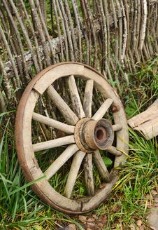 Free Old Wheel From A Cart Stock Photography - 27331722