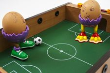 Free Eggs Playing Soccer Royalty Free Stock Photography - 27335357