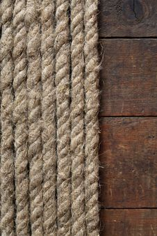 Free Rope And Wood Royalty Free Stock Images - 27346639