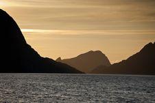 Free Mountain Silhouette Stock Image - 27347101